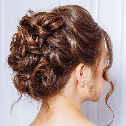 Klassische Abiball Frisur