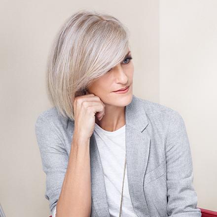 Haarfarbe Grau im Granny Look