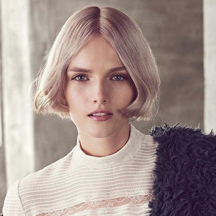 Sleek Short Bob Friseur